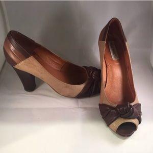 Steve Madden Brown Beige Leather Peep Toe Shoes